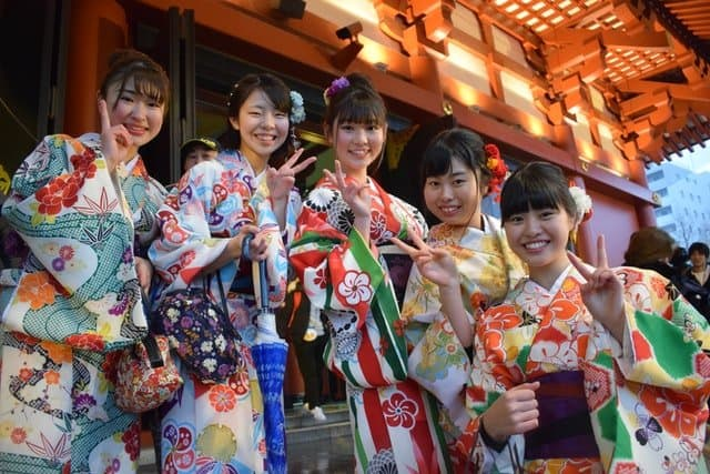 Five young Japanese women wearing traditional clothing. The best way to learn Japanese is to travel to Japan!