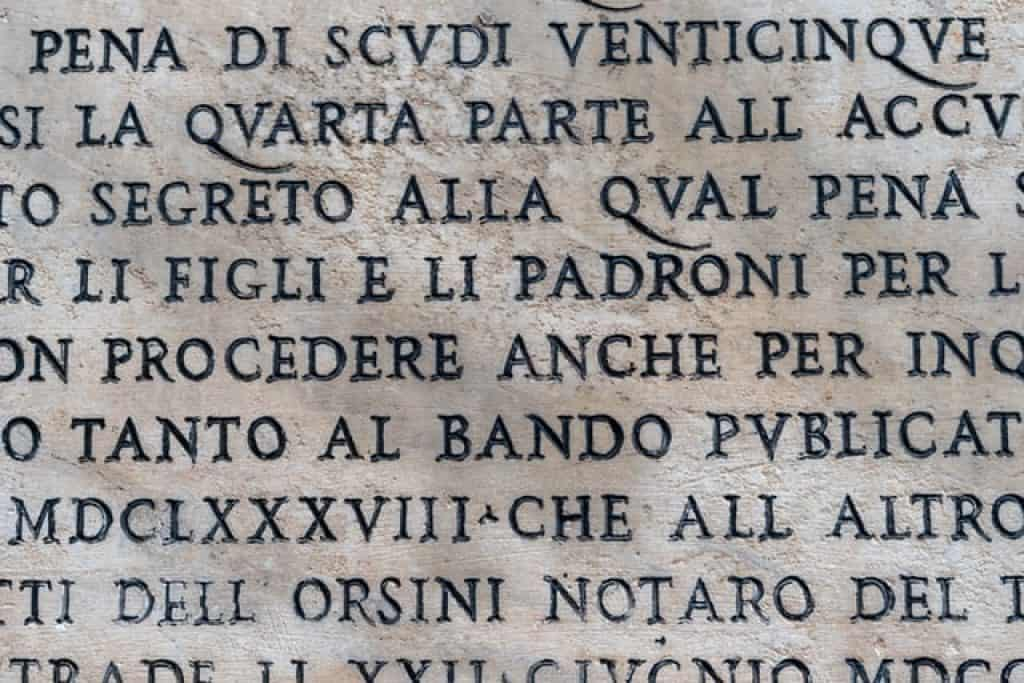 Italian writing forbidding people to litter on the street. Italian is the 25th most spoken language in the world.